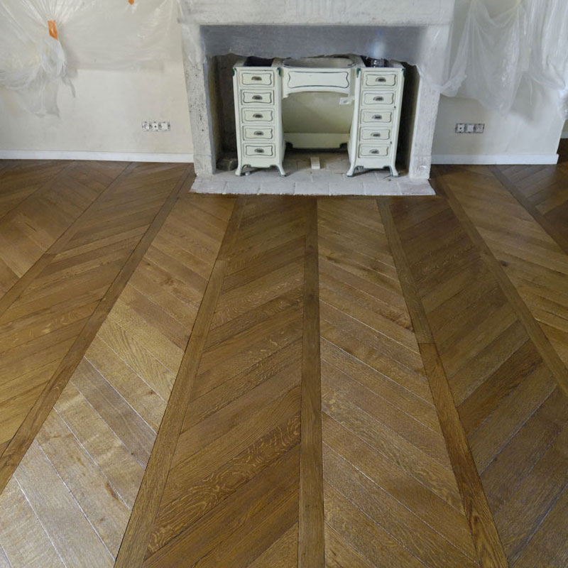 renovation parquet ancien parquet vitrifi damier les planchettes se soulvent cause des dueau. Black Bedroom Furniture Sets. Home Design Ideas